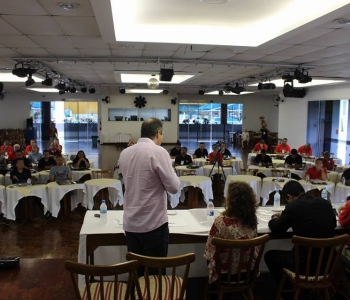 Trabalhadores das Ind. da Construção, do Mobiliáro e da Madeira discutem cenário político e realizam planejamento de 2017