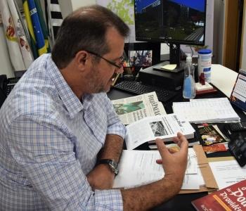 Repórter Diário: Projeto autoriza distribuição de notebooks com internet para  rede pública