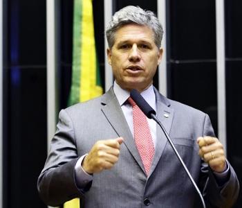 Live com deputado federal Paulo Teixeira