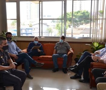 Leite e Fernando buscam solução para assaltos nas divisas de Santo André