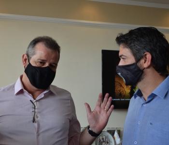 Eduardo Leite e deputado Luiz Fernando buscam solução com o Comando da PM do ABC para os constantes assaltos nas regiões de divisas, em Santo André